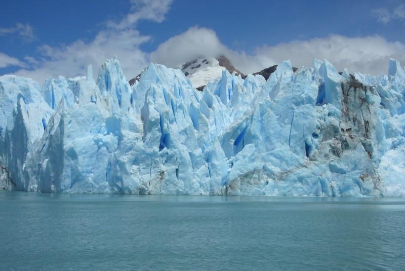 U. de Santiago refuerza estudios sobre cambio climático en expedición a la Antártica profunda