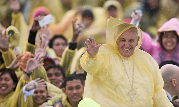 """El Papa Francisco critica el consumismo y pide una """"conversión ecológica"""""""