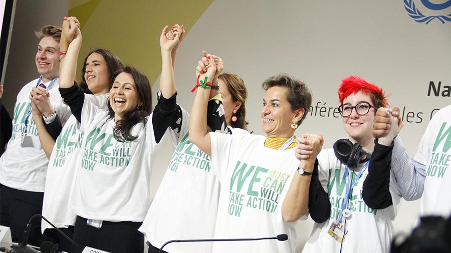 Jóvenes comprometen a líderes de 29 países a no sobrepasar 1,5°C